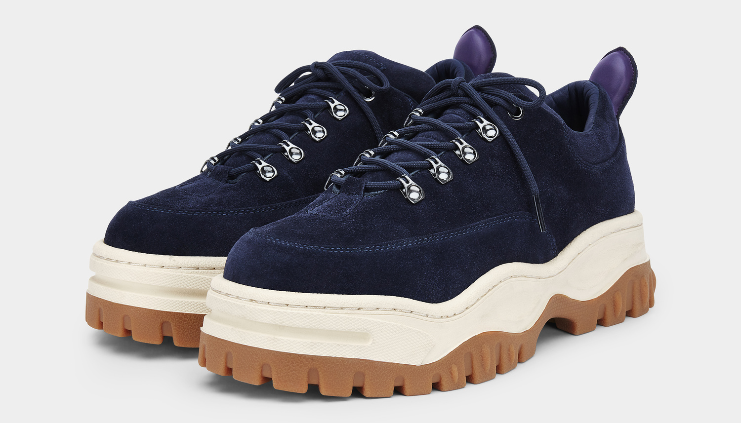 Angel Suede Midnight Gum