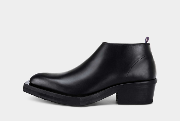Romeo Leather Black